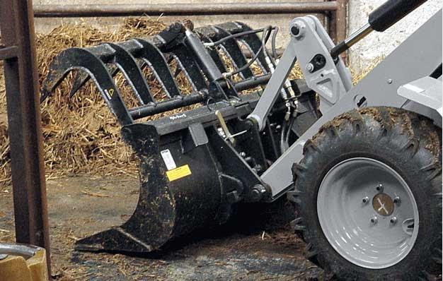 Godet multiservice agricole riman